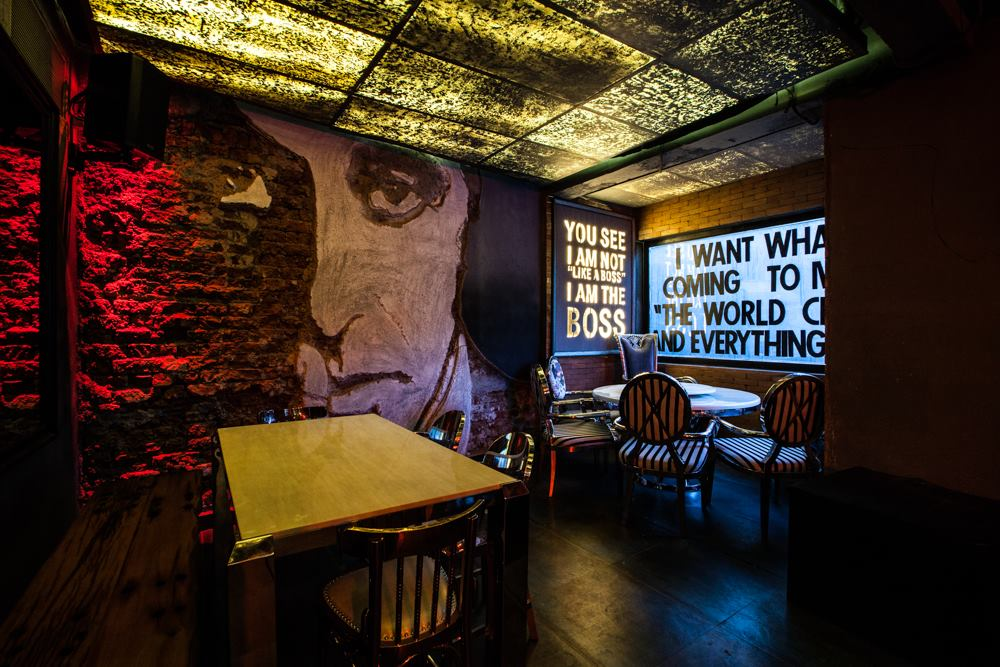 locale-bar-caffe-mumbai-india-ganster-mafiosi-cinema-04