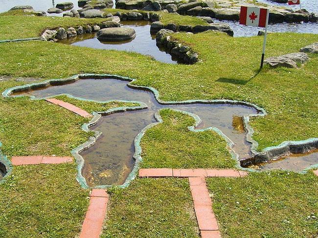 mappa-mondo-terreno-lago-klejtrup-danimarca-2