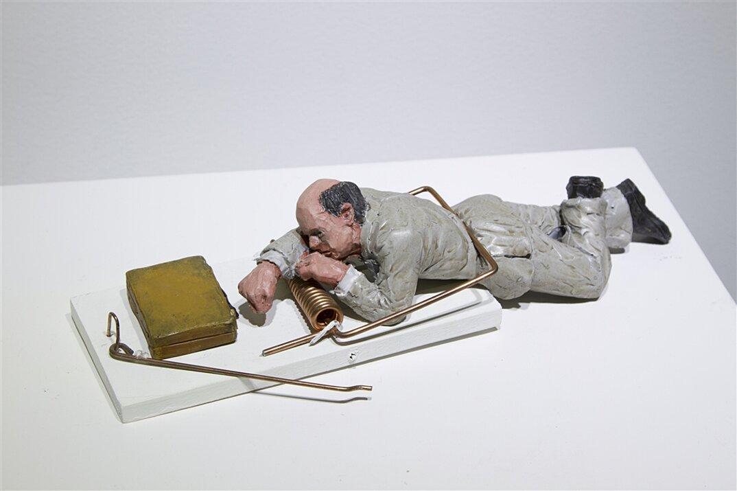 miniature-satira-societa-urban-inertia-isaac-cordal-10