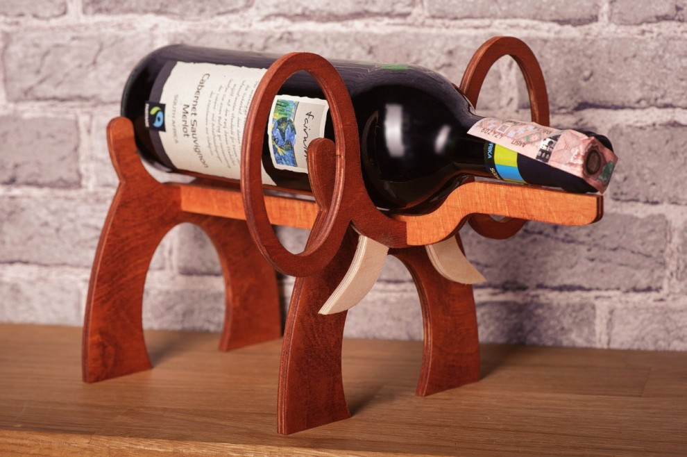 I bellissimi porta bottiglie da vino a forma di animali di for Porta vino in legno