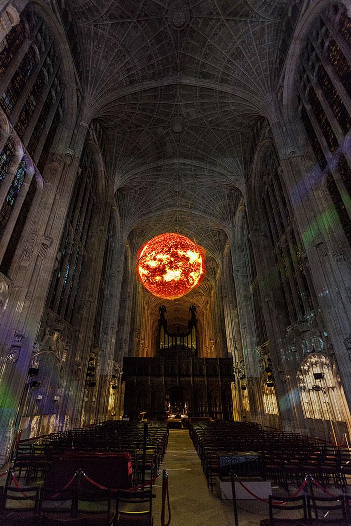 proiezioni-digitali-chiesa-cambridge-miguel-chevalier-9