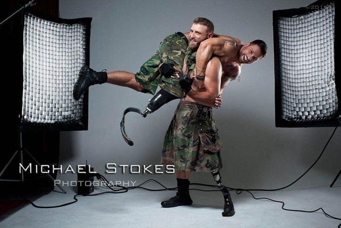 reduci-di-guerra-mutilati-sexy-foto-michael-stokes-46