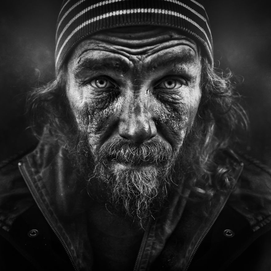 ritratti-senzatetto-lee-jeffries-2