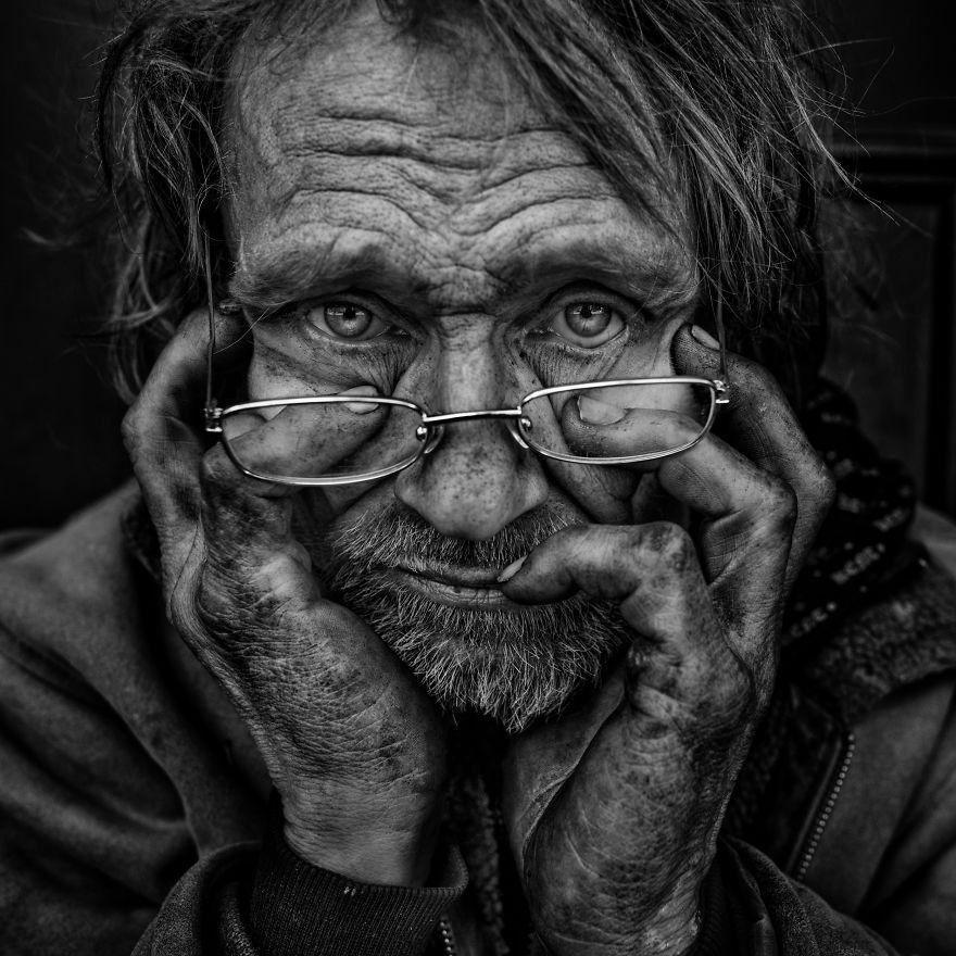 ritratti-senzatetto-lee-jeffries-4