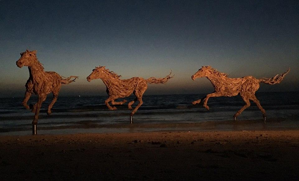 sculture-legno-riciclato-di-recupero-james-doran-webb-01