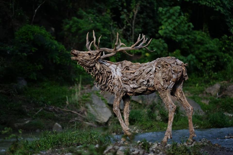 sculture-legno-riciclato-di-recupero-james-doran-webb-02