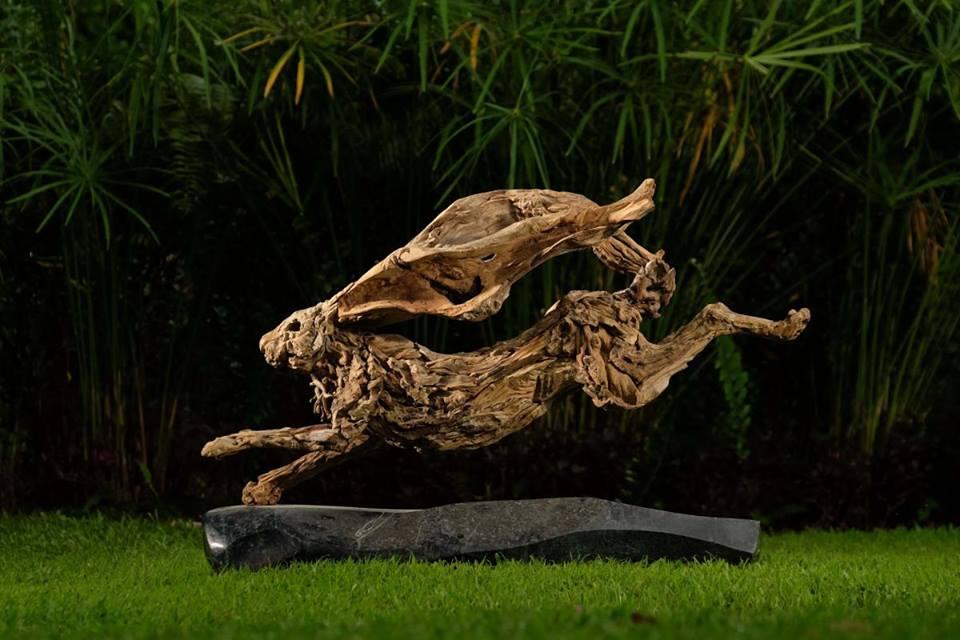 sculture-legno-riciclato-di-recupero-james-doran-webb-03