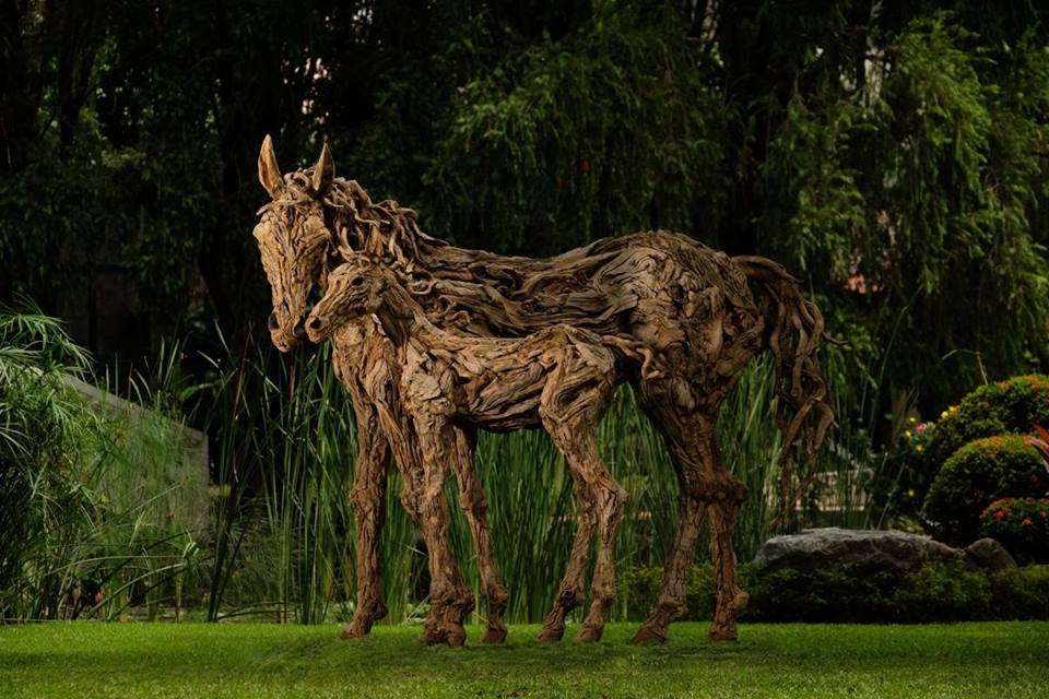 sculture-legno-riciclato-di-recupero-james-doran-webb-07