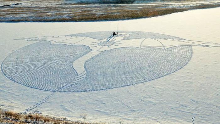 snow-art-drago-disegni-giganti-neve-simon-beck-06