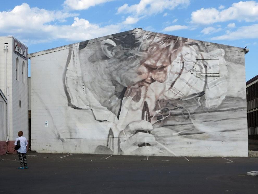 street-art-kiev-ucraina-guido-van-helten-02