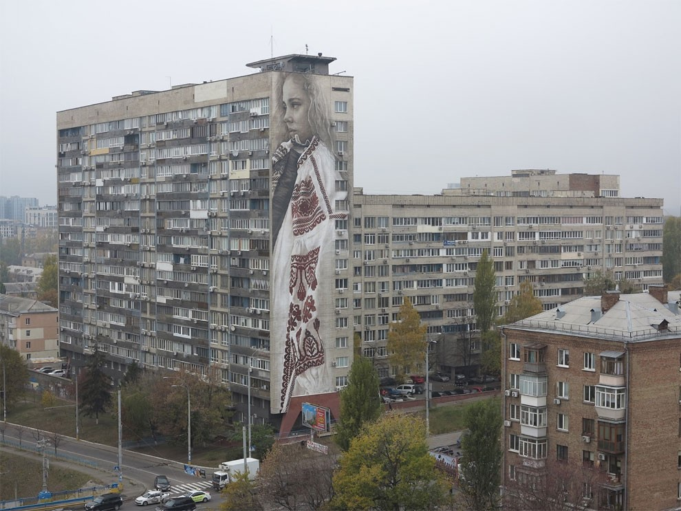 street-art-kiev-ucraina-guido-van-helten-12