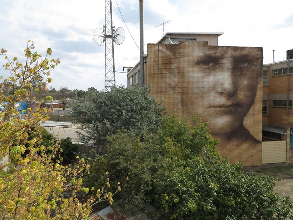 street-art-kiev-ucraina-guido-van-helten-18