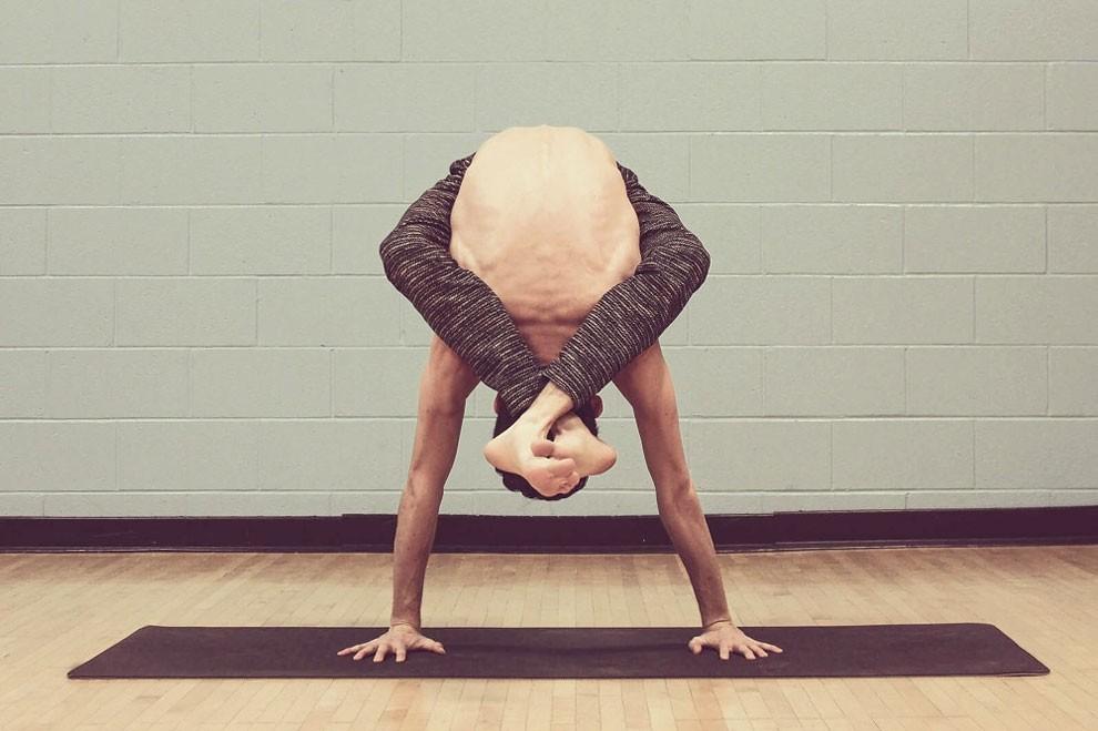 5-posizioni-yoga-incredibili-arthur-cadre-2