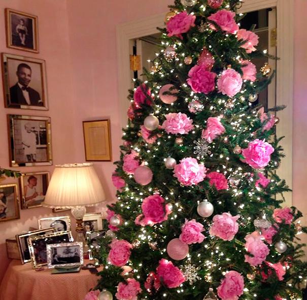 albero-natale-floreale-idee-decorazioni-05
