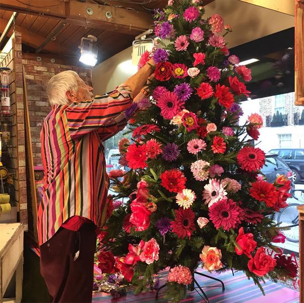 albero-natale-floreale-idee-decorazioni-09