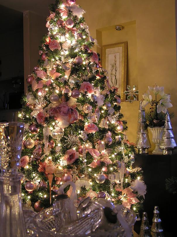 albero-natale-floreale-idee-decorazioni-11