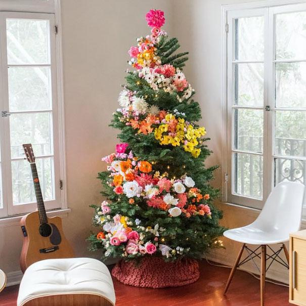 albero-natale-floreale-idee-decorazioni-12