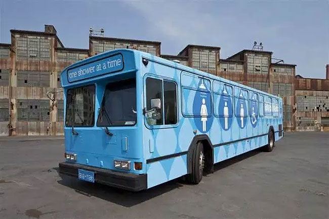 bagni-docce-autobus-dismessi-san-francisco-lava-mae-03