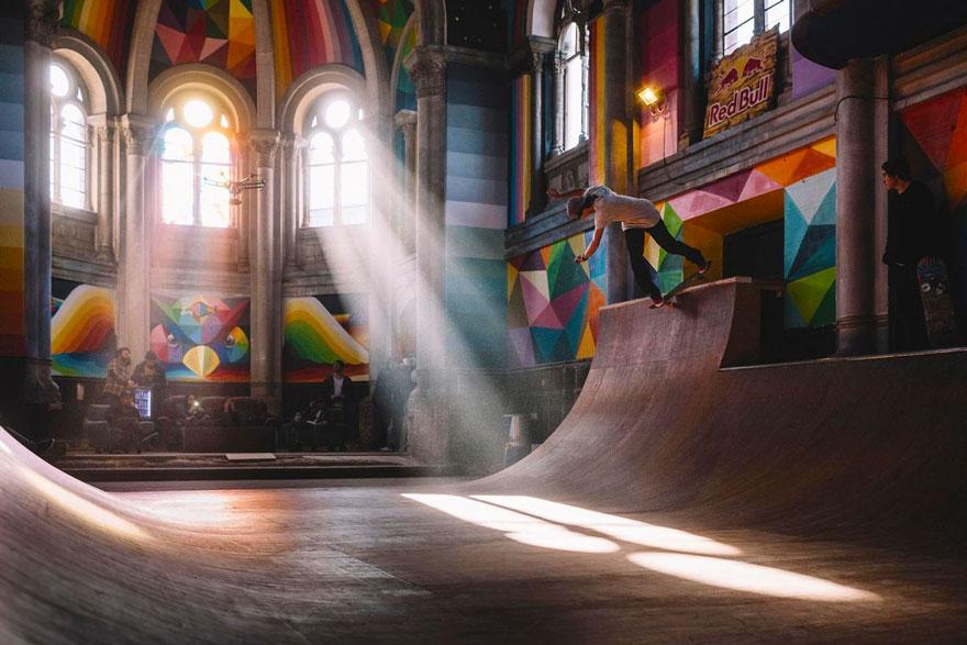 chiesa-skate-park-street-art-okuda-san-miguel-03