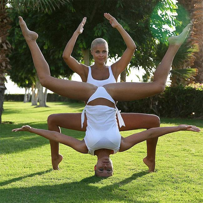 mamma-pose-yoga-nuda-marina-vovchenko-23