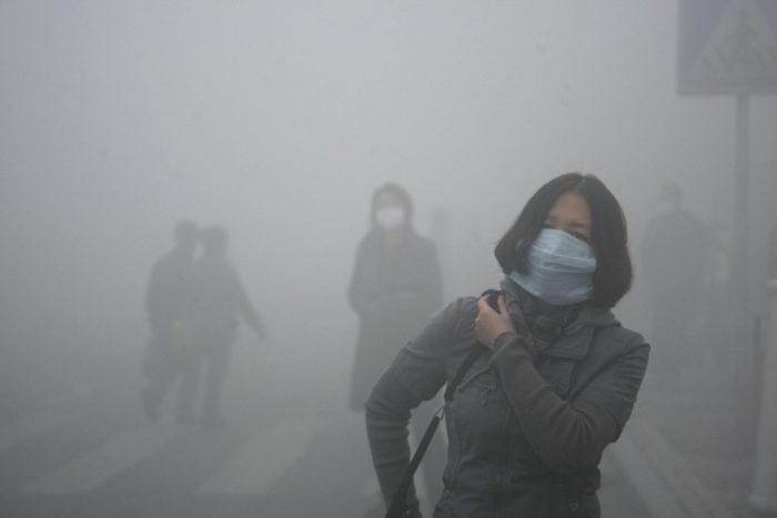 raccoglie-smog-pechino-aspirapolvere-mattone-wang-renzheng-8