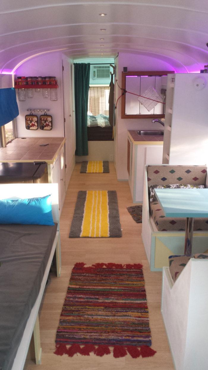 scuola-bus-convertito-casa-mobile-patrick-schmidt-11