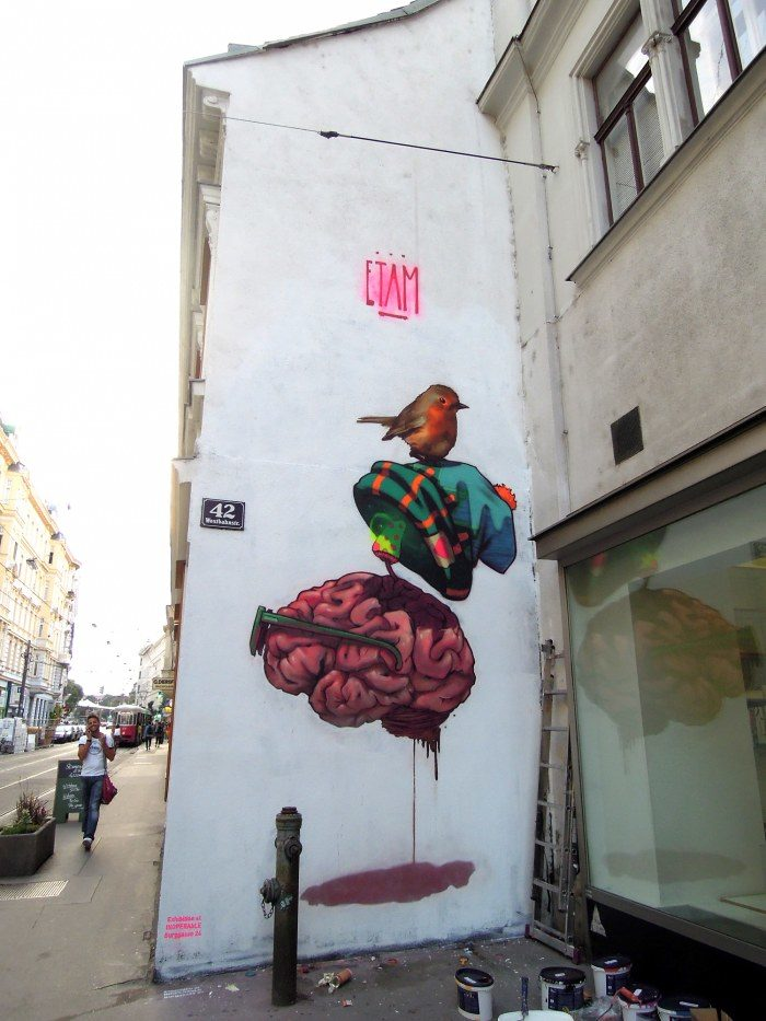 street-art-murali-etam-cru-12