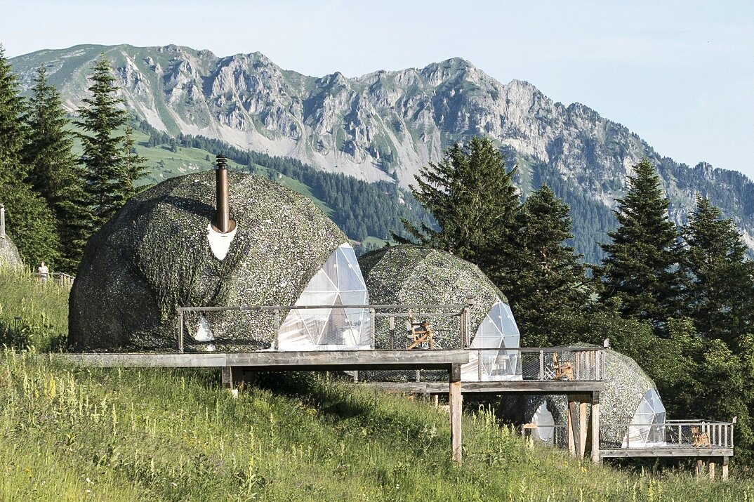 whitepod-hotel-lusso-alpi-svizzera-10
