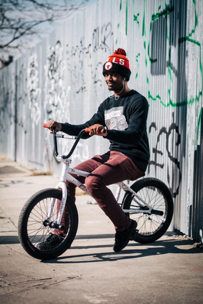 abitanti-new-york-bicicletta-fotografia-sam-polcer-04