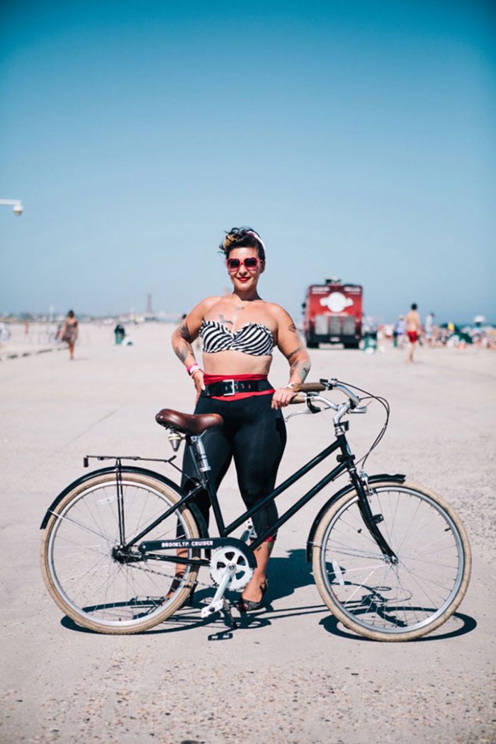 abitanti-new-york-bicicletta-fotografia-sam-polcer-05
