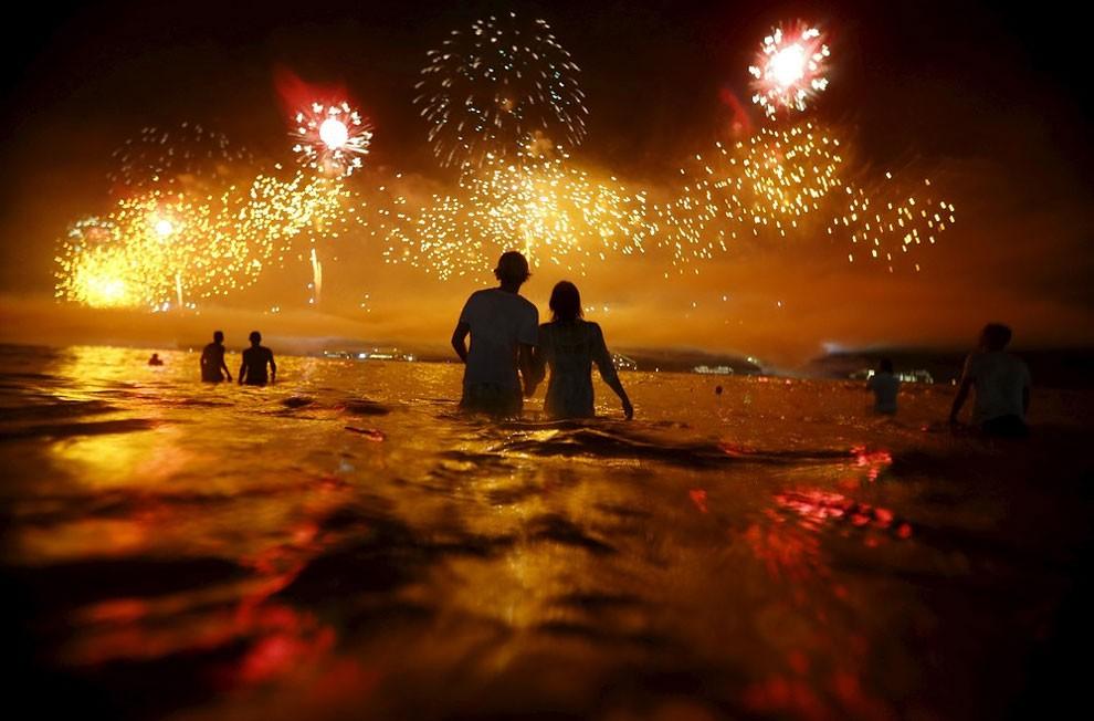 capodanno-2016-copacabana-brasile-foto-07