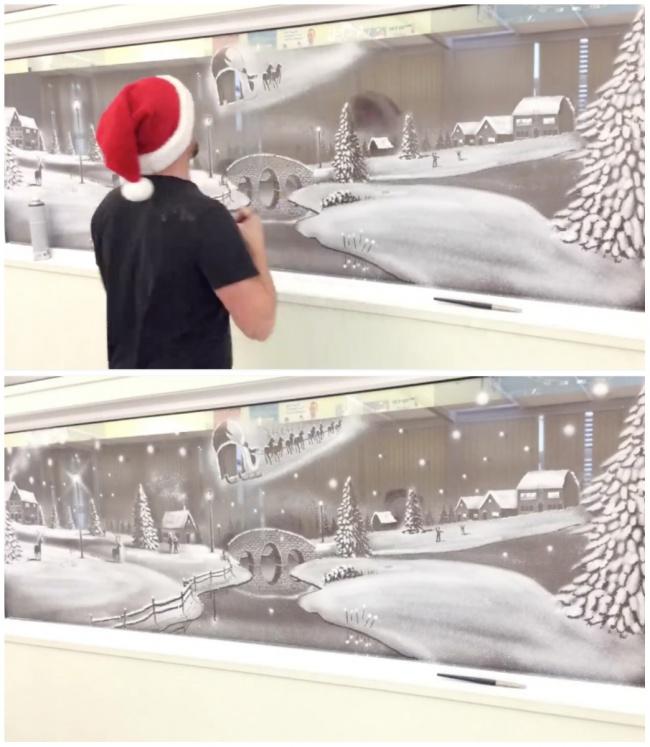 Decorazioni Natale su finestre di un ospedale pediatrico