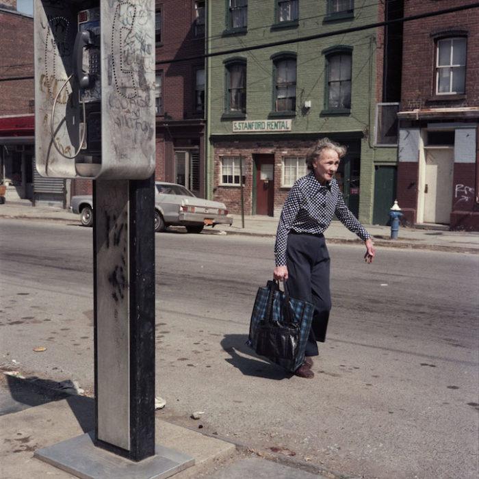 fotografia-new-york-abitanti-anni-80-janet-delaney-01