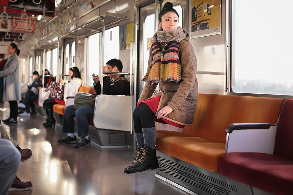 fotografia-surreale-levitazione-natsumi-hayashi-12