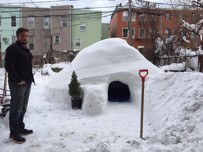 igloo-airbnb-new-york-brooklyn-patrick-horton-8