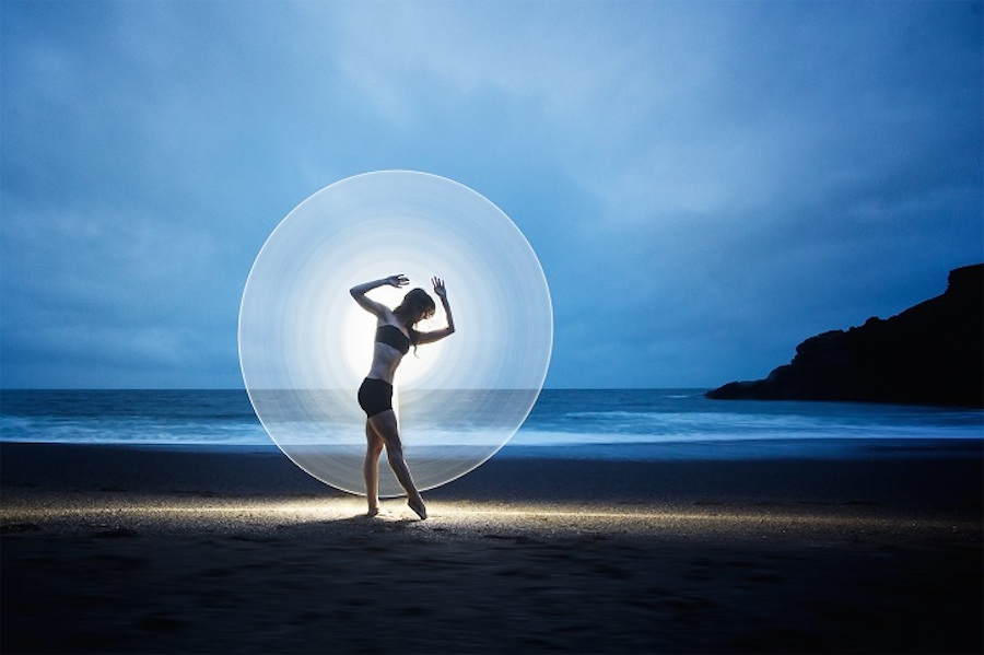 light-painting-fotografia-ballerine-eric-pare-08
