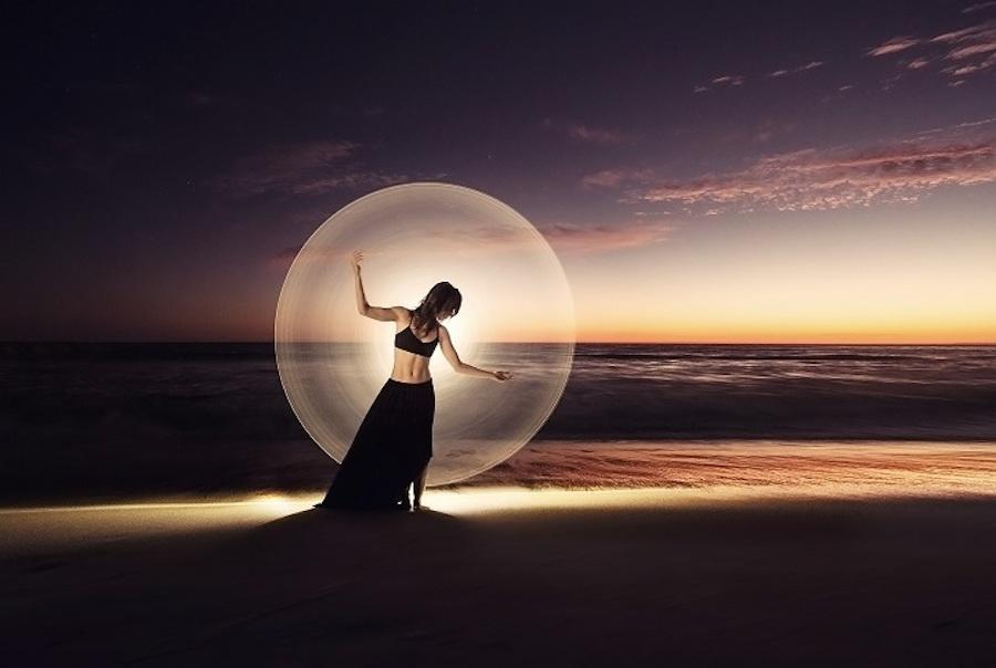 light-painting-fotografia-ballerine-eric-pare-11