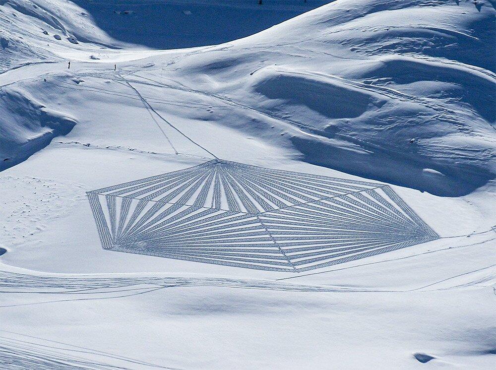 snow-art-disegni-neve-sabbia-simon-beck-01