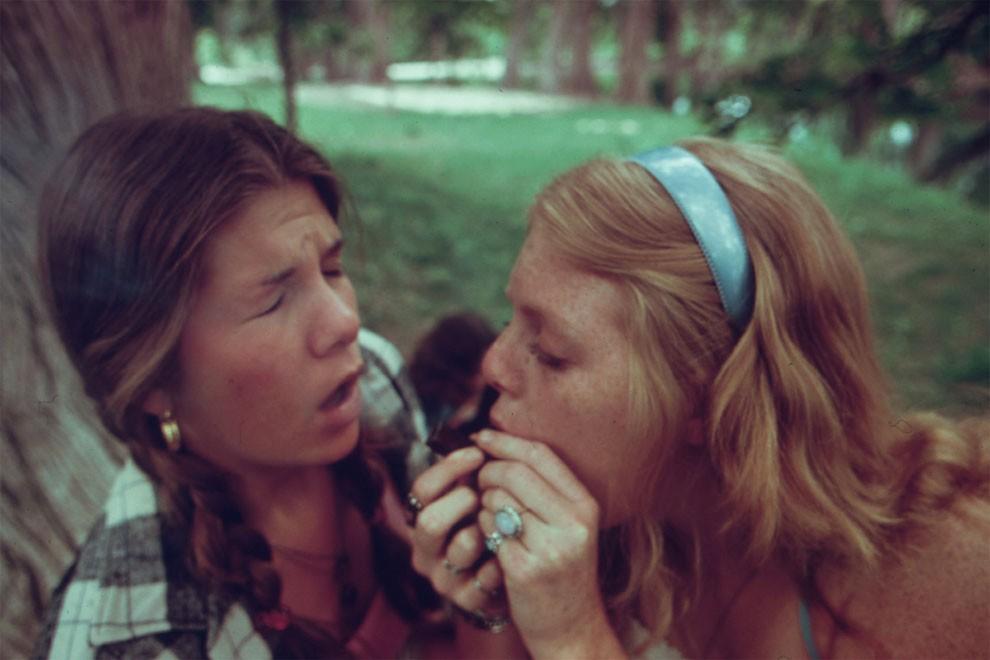 adolescenti-fumano-erba-america-1973-marc-san-gil-12