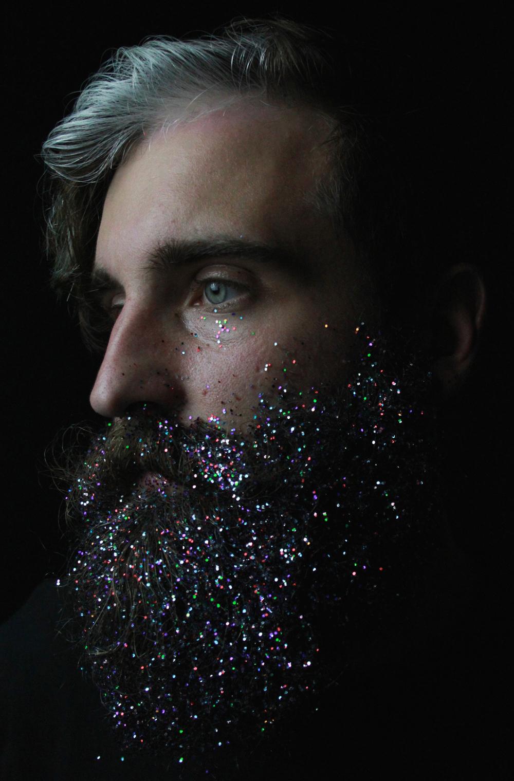 amici-decorano-loro-barbe-the-gay-beards-06