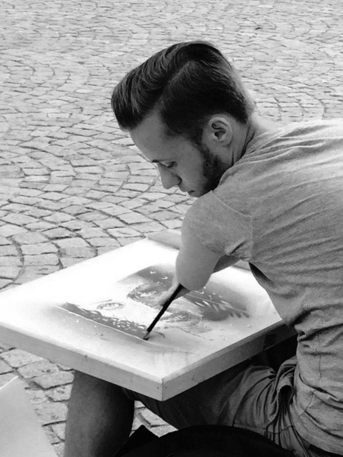 artista-senza-braccia-disegni-realistici-mariusz-kedzierski-06