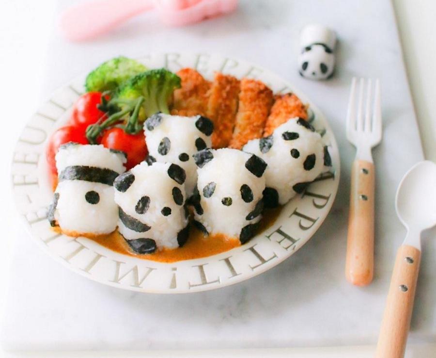 Extrêmement Questa mamma prepara pasti ispirati ai cartoni per i suoi bambini  TD36