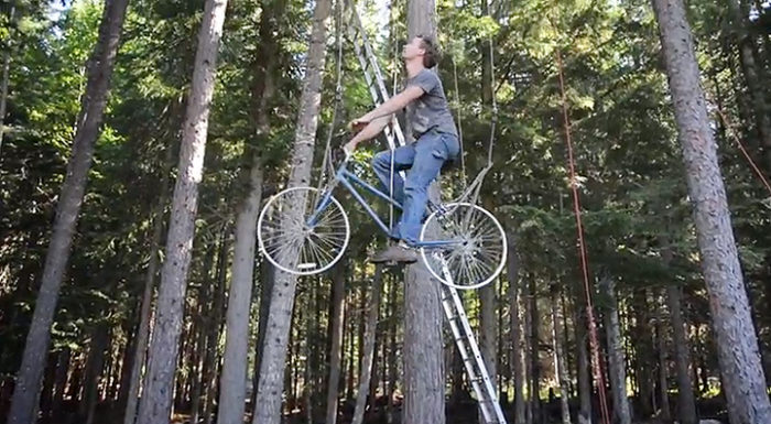 bicicletta-ascensore-casa-su-albero-ethan-schlussler-3