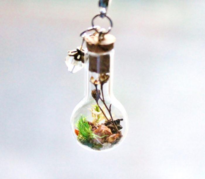collane-ciondoli-terrari-fiori-secchi-teenytiniplanet-3