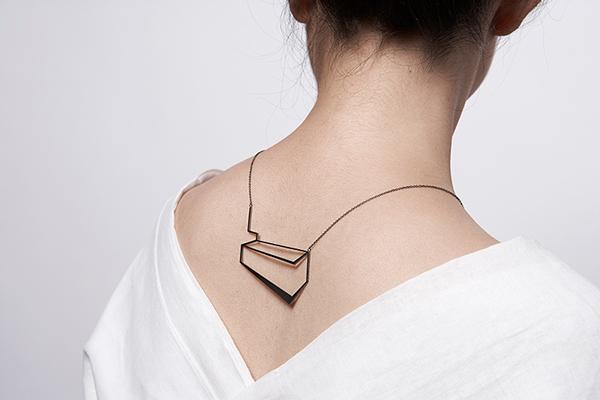 collane-geometriche-gioielli-artistici-eleftheria-stamati-04