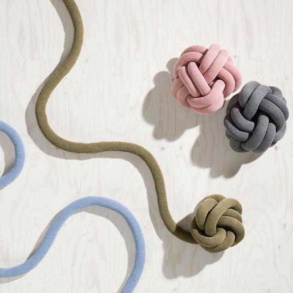 cuscino-nodo-maglia-knot-cushion-02