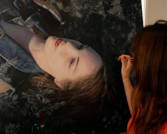 dipinti-iperrealisti-ritratti-donne-bronwyn-hill-04
