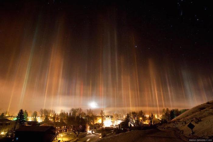 fenomeni-meteo-freddo-colonne-luci-colorate-cielo-13