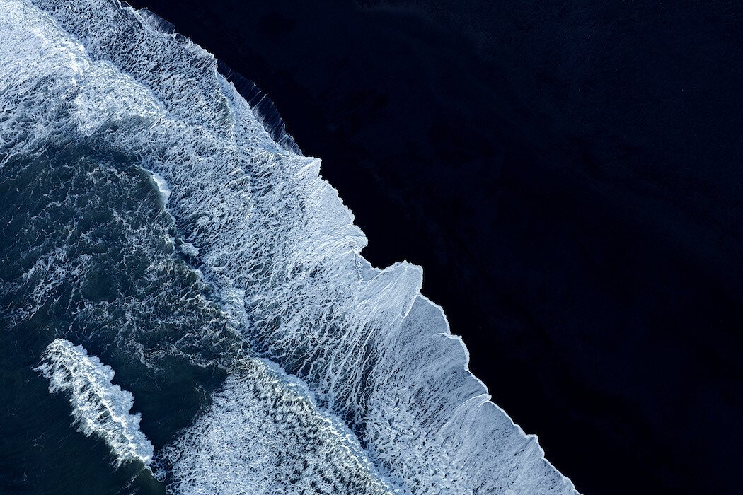 foto-aeree-islanda-minimaliste-zack-seckler-04