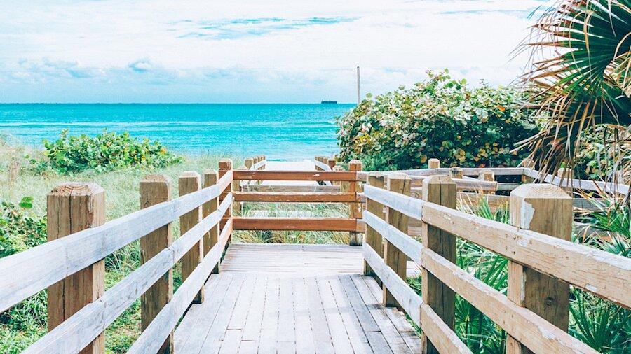 fotografia-arrivando-spiaggia-almost-there-alex-becker-04
